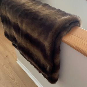 Brown faux fur throw blanket